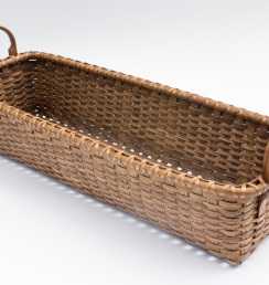 Reed-9. #829– Tressel basket with oak ear handles and runners