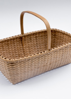 Shaker-2. #806– Market basket with bonnet handle